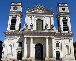 250px-Montauban_-_Cathédrale_Notre-Dame-de-l'Assomption_-01