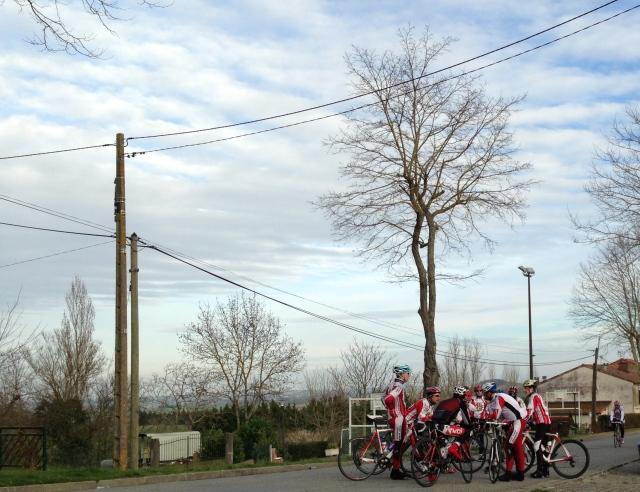 bikers everywhere enjoying the scenery